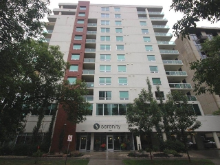 Main Photo:  in Edmonton: Zone 12 Condo for sale : MLS® # E4078046