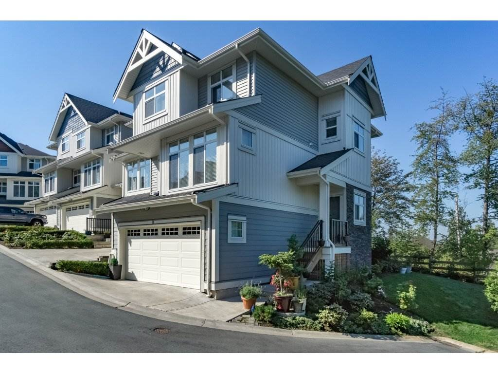 "Main Photo: 10 7198 179 Street in Surrey: Cloverdale BC Townhouse for sale in ""WALNUT RIDGE"" (Cloverdale)  : MLS® # R2199206"