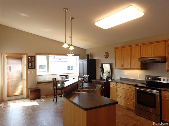Photo 4: 34 Greyhawk Cove in Winnipeg: South Pointe Residential for sale (1R)  : MLS® # 1722718