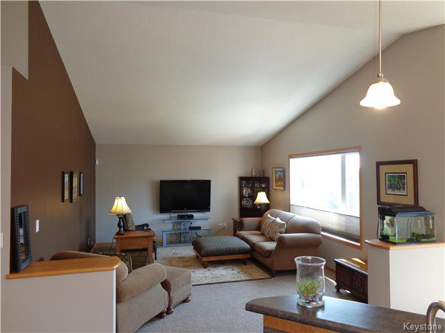 Photo 5: 34 Greyhawk Cove in Winnipeg: South Pointe Residential for sale (1R)  : MLS® # 1722718