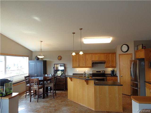 Photo 3: 34 Greyhawk Cove in Winnipeg: South Pointe Residential for sale (1R)  : MLS® # 1722718