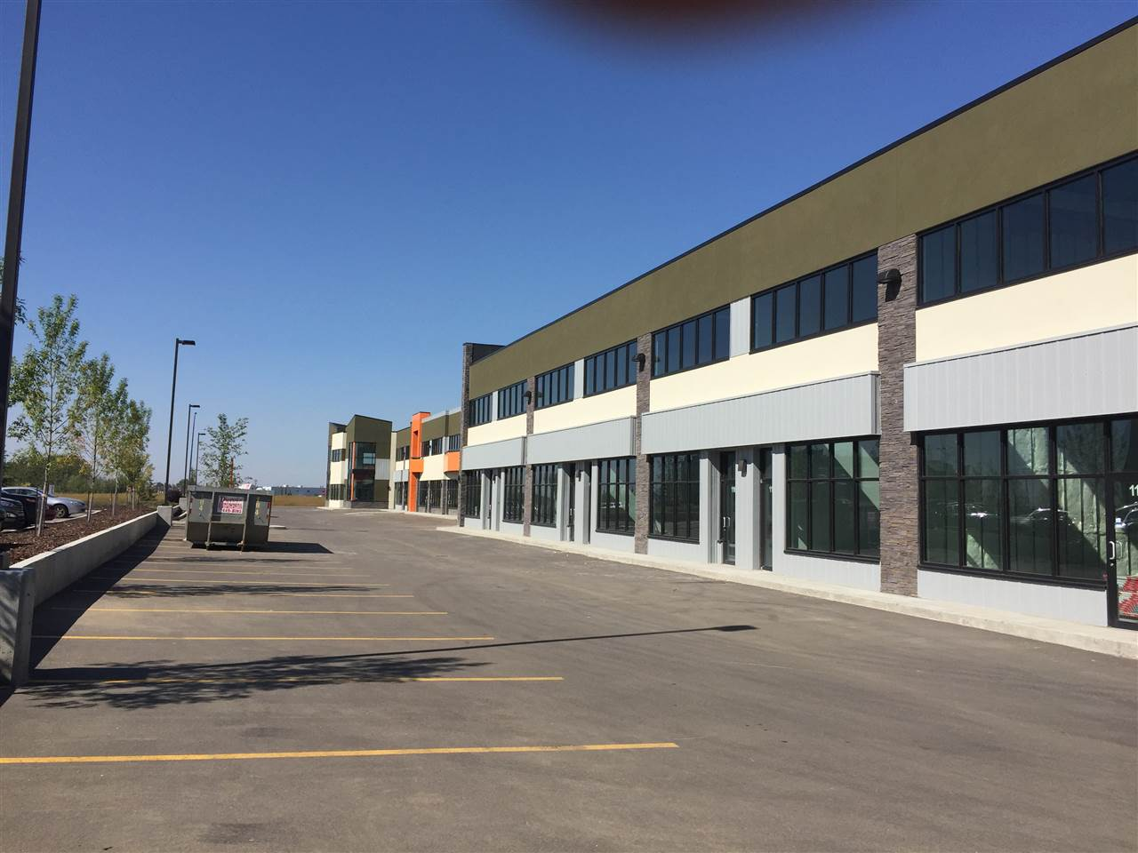 Photo 3: 113 1803 91 Street: Edmonton Retail for lease : MLS® # E4080921