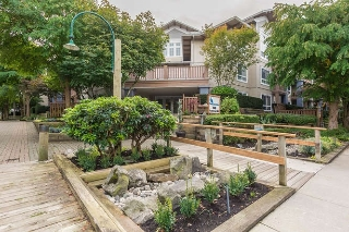"Main Photo: 305 5600 ANDREWS Road in Richmond: Steveston South Condo for sale in ""THE LAGOONS"" : MLS® # R2209894"