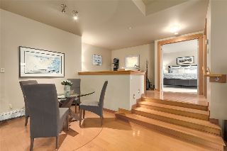 "Main Photo: 102 550 17TH Street in West Vancouver: Ambleside Condo for sale in ""The Hollyburn"" : MLS® # R2211105"