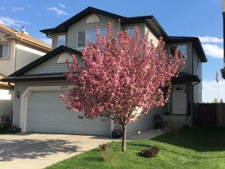 Main Photo: 11415 167a ave in Edmonton: Zone 27 House for sale : MLS® # E4101253