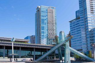 "Main Photo: 2507 1011 W CORDOVA Street in Vancouver: Coal Harbour Condo for sale in ""FAIRMONT PACIFIC RIM"" (Vancouver West)  : MLS®# R2291668"