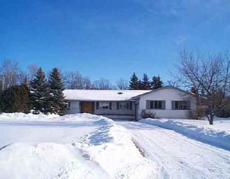 Main Photo: 9 Paradise Bay: Residential for sale (Charleswood)  : MLS® # 2600262