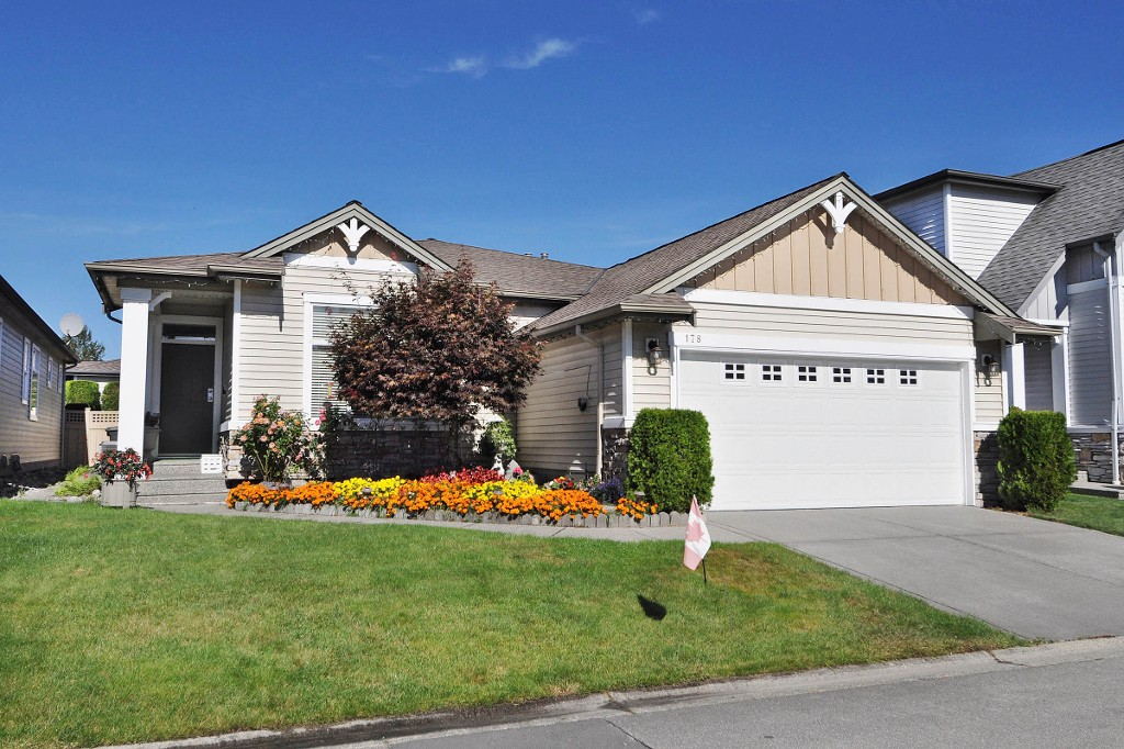 "Main Photo: 178 19639 MEADOW GARDENS Way in Pitt Meadows: North Meadows House for sale in ""DORADO"" : MLS®# V1084406"
