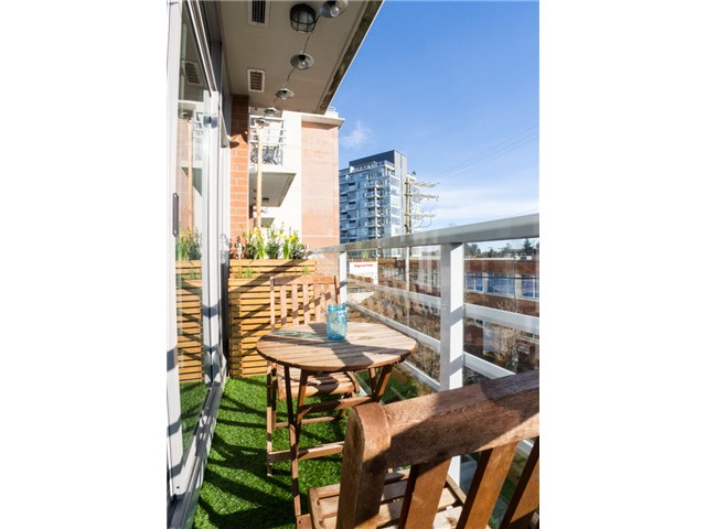 "Photo 6: 403 298 E 11TH Avenue in Vancouver: Mount Pleasant VE Condo for sale in ""SOPHIA"" (Vancouver East)  : MLS® # V1108043"