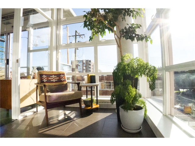 "Photo 4: 403 298 E 11TH Avenue in Vancouver: Mount Pleasant VE Condo for sale in ""SOPHIA"" (Vancouver East)  : MLS® # V1108043"