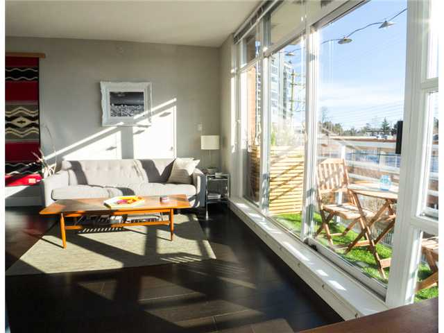 "Photo 5: 403 298 E 11TH Avenue in Vancouver: Mount Pleasant VE Condo for sale in ""SOPHIA"" (Vancouver East)  : MLS® # V1108043"