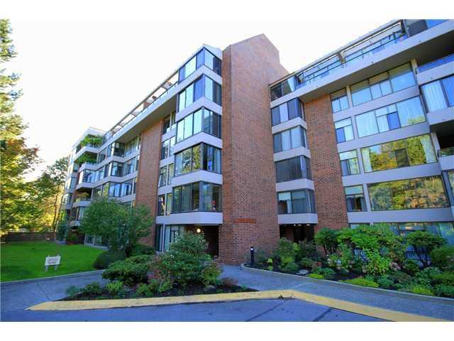 "Main Photo: 405 4101 YEW Street in Vancouver: Quilchena Condo for sale in ""ARBUTUS GARDEN"" (Vancouver West)  : MLS(r) # V1124840"