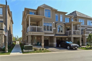 Main Photo: 9 2435 Greenwich Drive in Oakville: West Oak Trails House (3-Storey) for sale : MLS(r) # W3305416