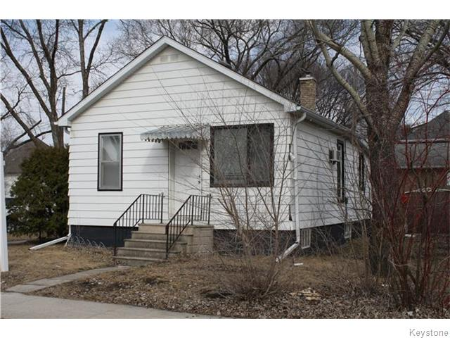 Main Photo: 710 Winona Street in Winnipeg: Transcona Residential for sale (North East Winnipeg)  : MLS® # 1608957