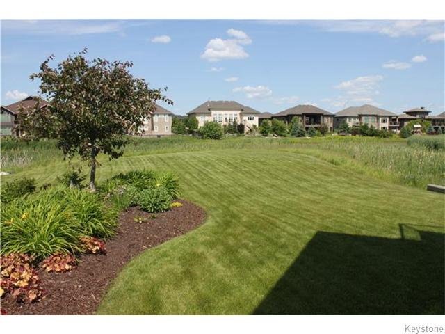 Photo 18: 39 SILVERSIDE Drive in East St Paul: Birdshill Area Condominium for sale (North East Winnipeg)  : MLS® # 1610287