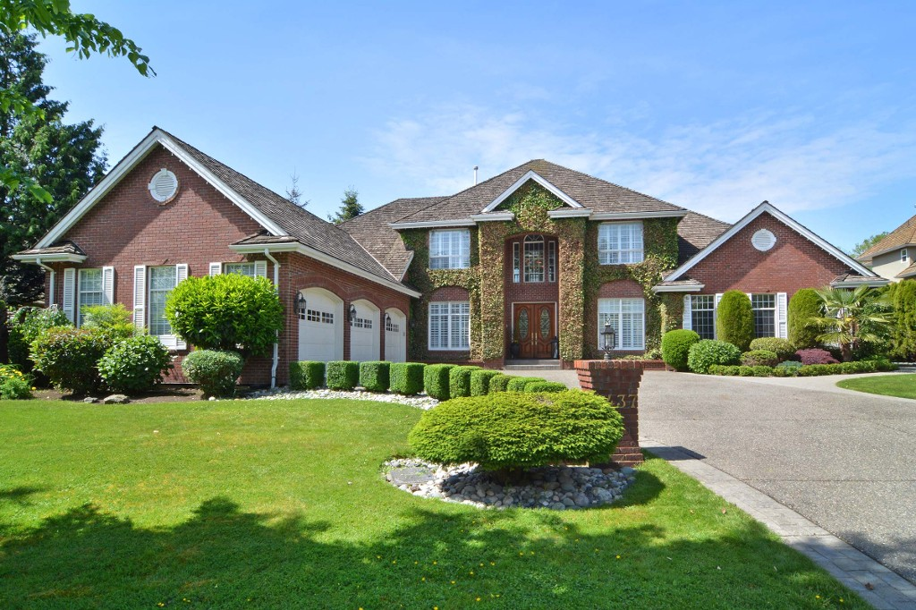 "Main Photo: 5437 186 Street in Surrey: Cloverdale BC House for sale in ""Hunter Park"" (Cloverdale)  : MLS® # R2069278"