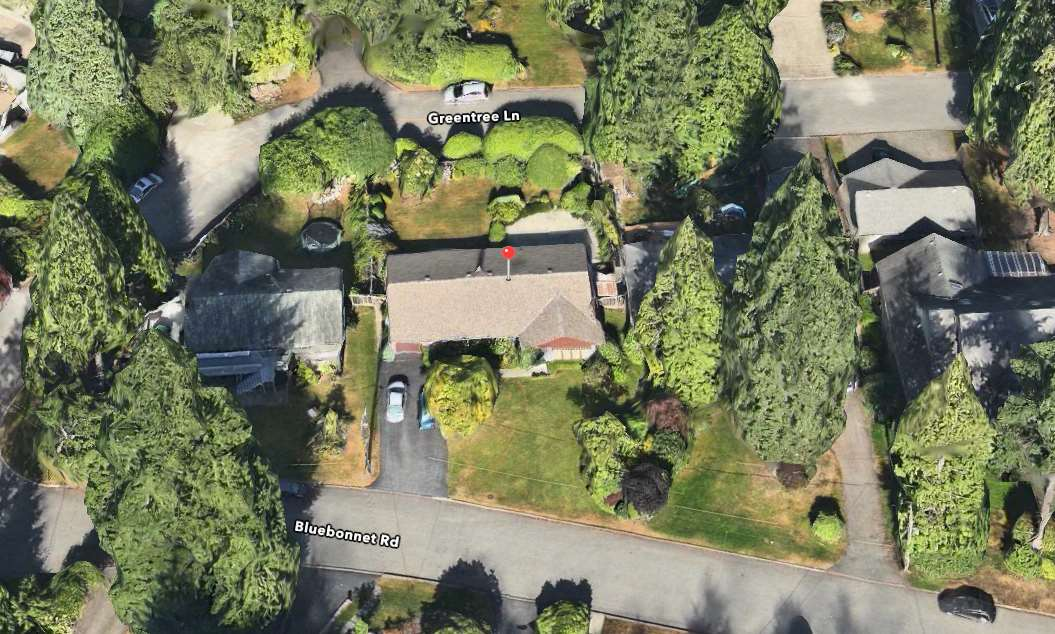 Photo 2: 3602 BLUEBONNET Road in North Vancouver: Edgemont House for sale : MLS(r) # R2073840