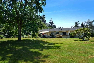 Main Photo: 5688 MASON Road in Sechelt: Sechelt District House for sale (Sunshine Coast)  : MLS® # R2085291