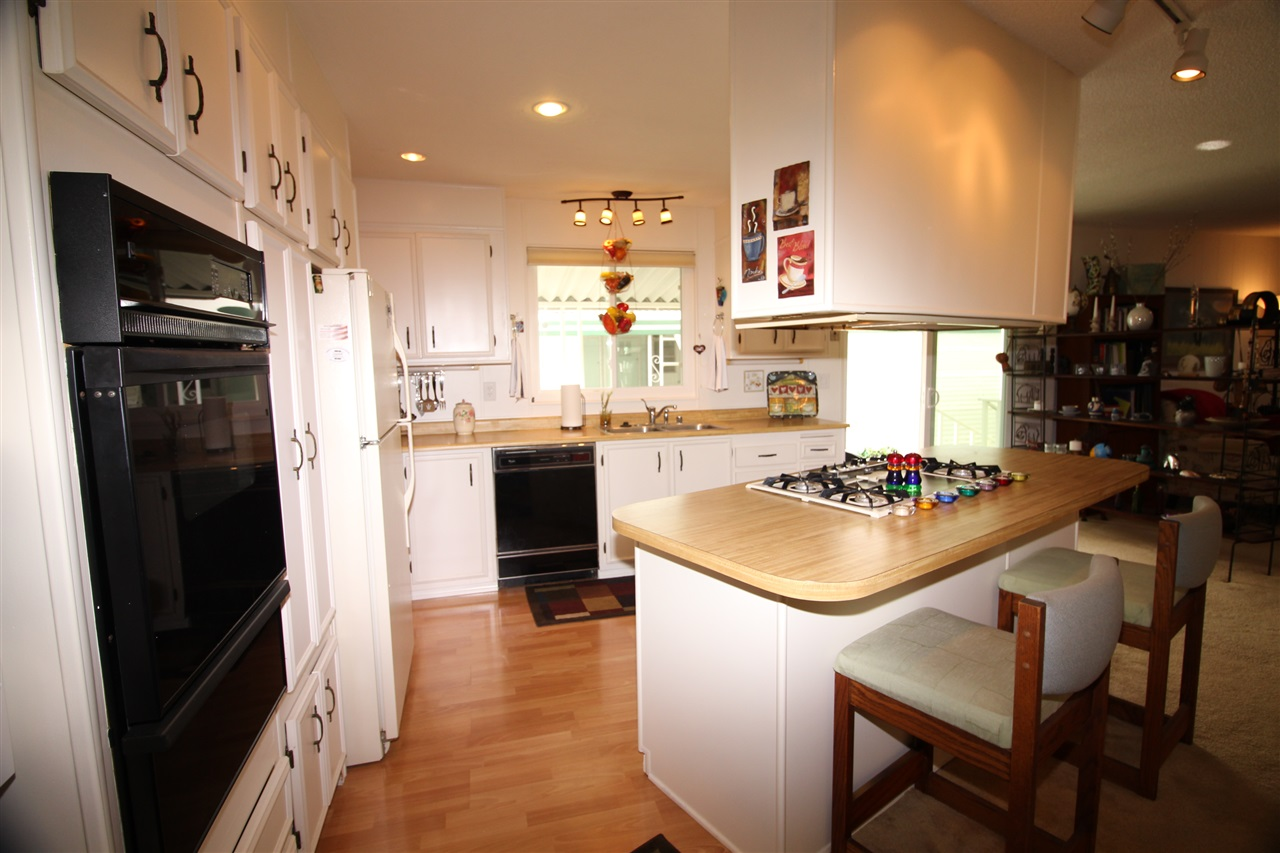 Photo 7: CARLSBAD SOUTH Manufactured Home for sale : 2 bedrooms : 7219 San Benito in Carlsbad