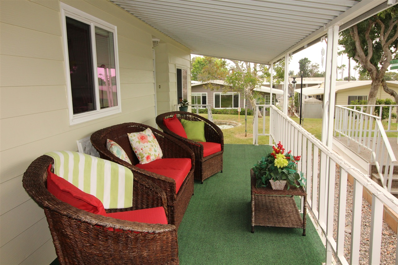Photo 3: CARLSBAD SOUTH Manufactured Home for sale : 2 bedrooms : 7219 San Benito in Carlsbad