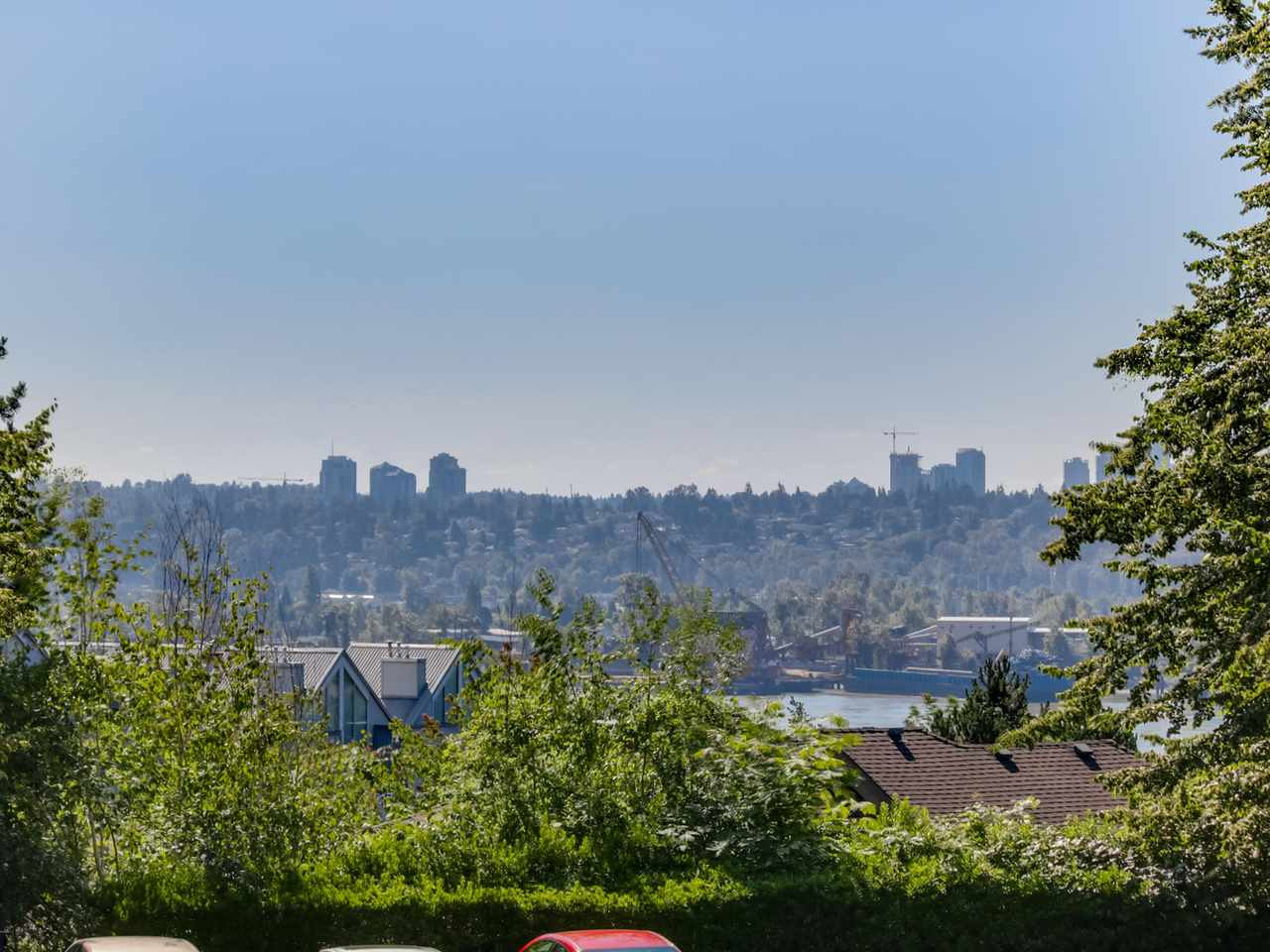 "Main Photo: 105 67 MINER Street in New Westminster: Fraserview NW Condo for sale in ""FRASERVIEW PARK"" : MLS®# R2087095"