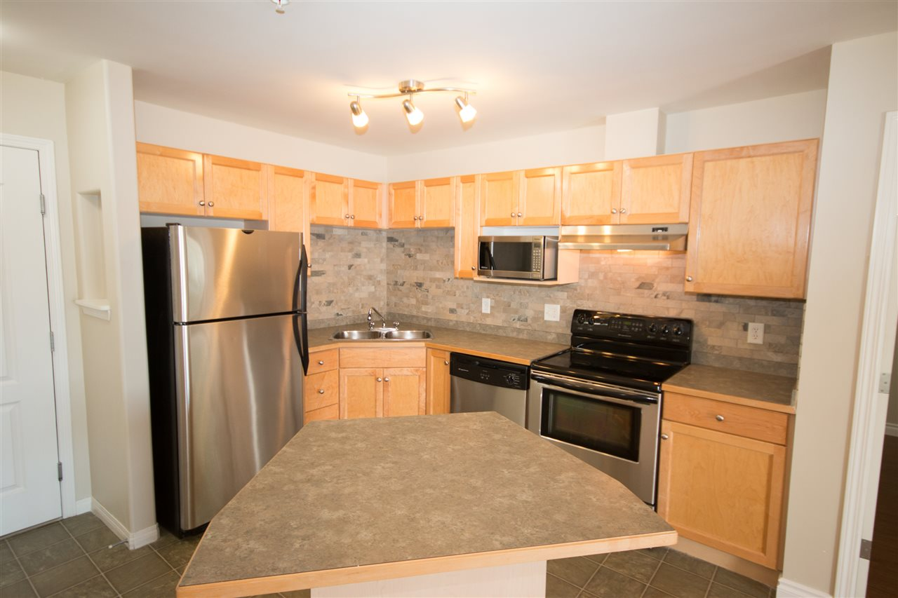 Photo 20: 139 9525 162 Avenue NW in Edmonton: Zone 28 Condo for sale : MLS(r) # E4032064