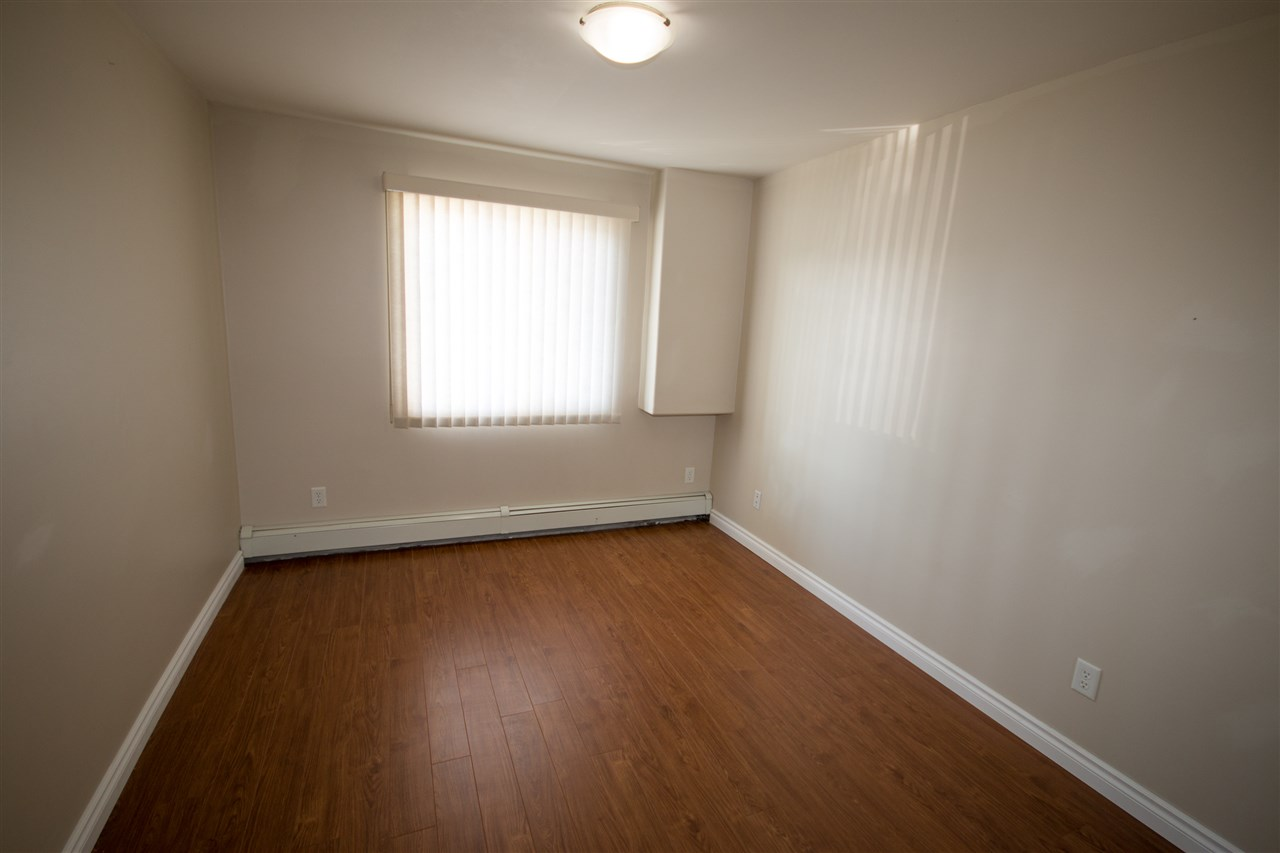 Photo 9: 139 9525 162 Avenue NW in Edmonton: Zone 28 Condo for sale : MLS(r) # E4032064
