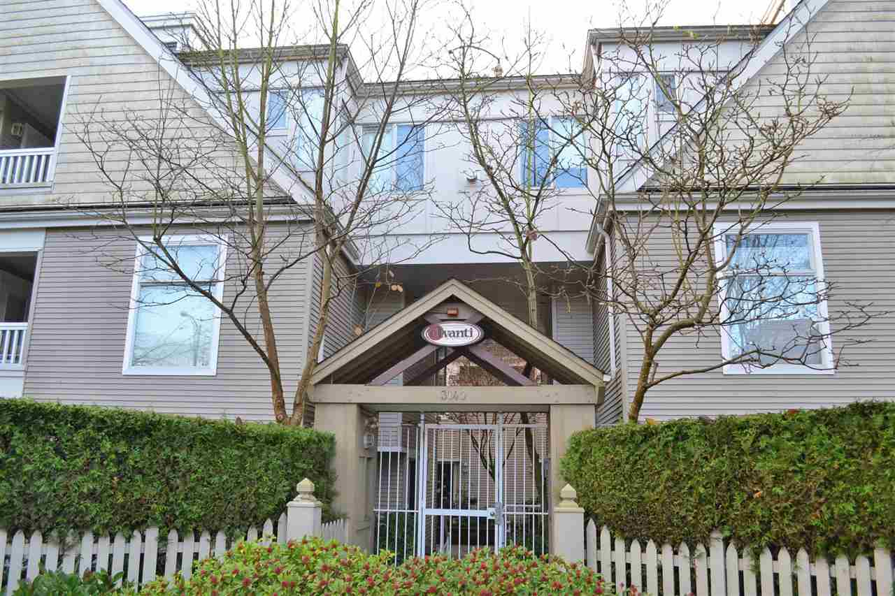"Main Photo: 5 3140 W 4TH Avenue in Vancouver: Kitsilano Townhouse for sale in ""AVANTI"" (Vancouver West)  : MLS® # R2123211"