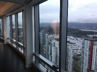 "Main Photo: 4705 1151 W GEORGIA Street in Vancouver: Coal Harbour Condo for sale in ""TRUMP INTERNATIONAL HOTEL & TOWER"" (Vancouver West)  : MLS(r) # R2136142"