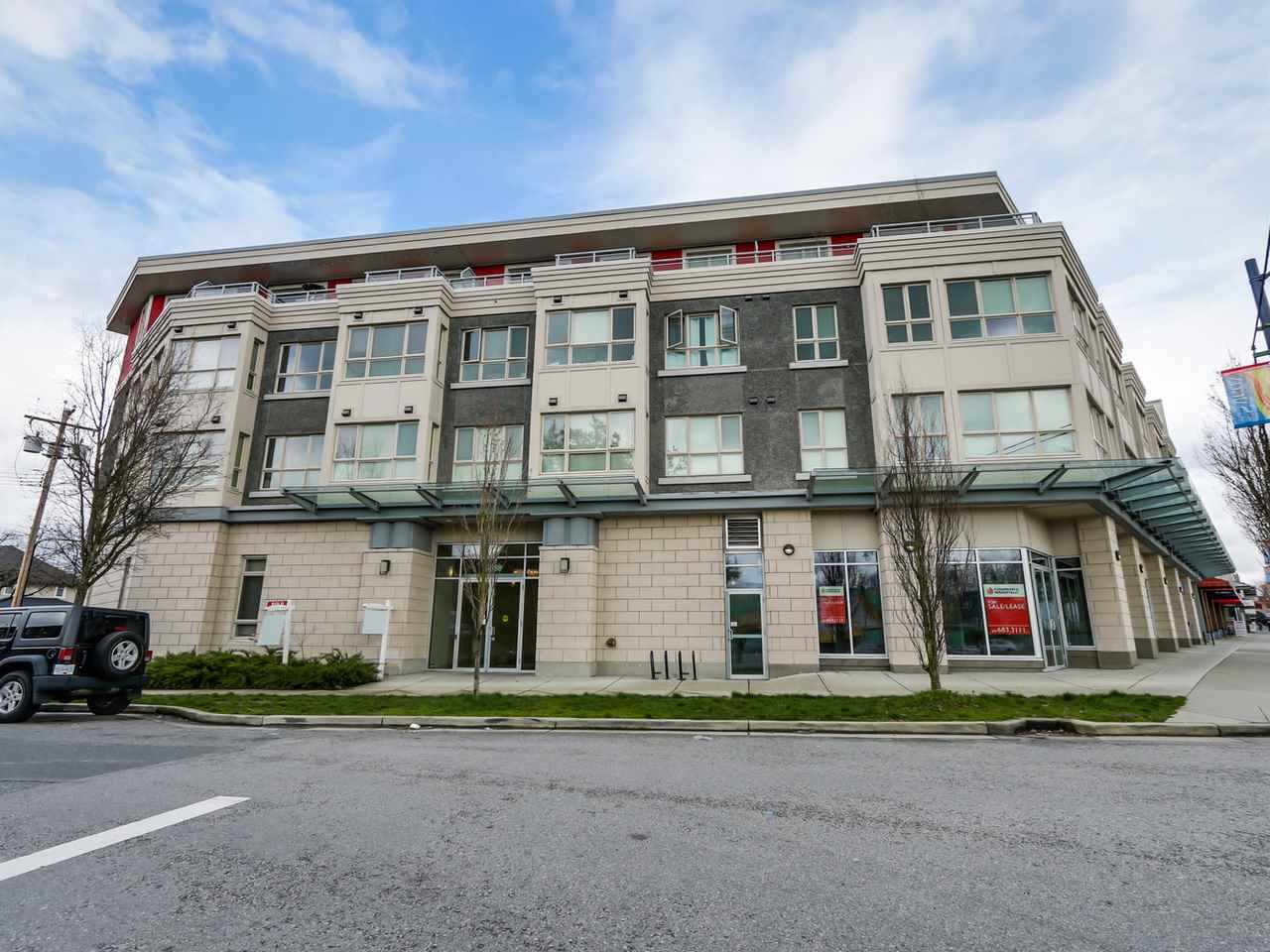 Main Photo: 301 3688 INVERNESS Street in Vancouver: Knight Condo for sale (Vancouver East)  : MLS(r) # R2139234