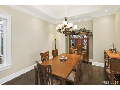 Photo 9: 1294 Eston Place in VICTORIA: La Bear Mountain Single Family Detached for sale (Langford)  : MLS® # 374629