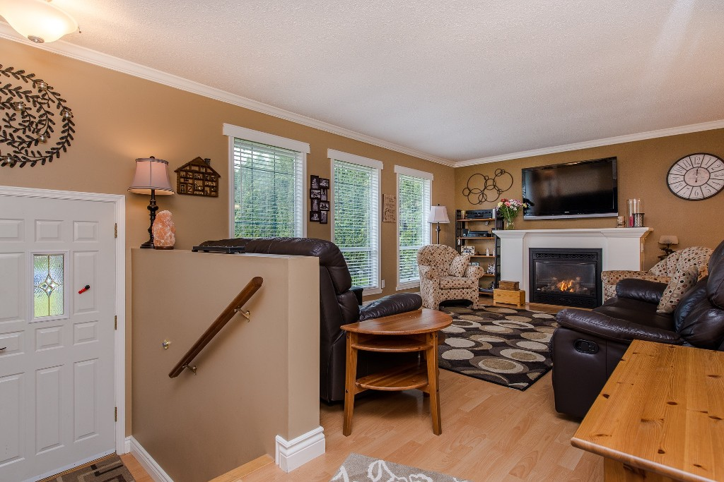 Photo 4: 2981 264A Street in Langley: Aldergrove Langley House for sale : MLS(r) # R2156040