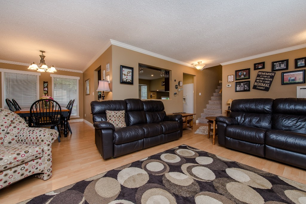 Photo 6: 2981 264A Street in Langley: Aldergrove Langley House for sale : MLS(r) # R2156040