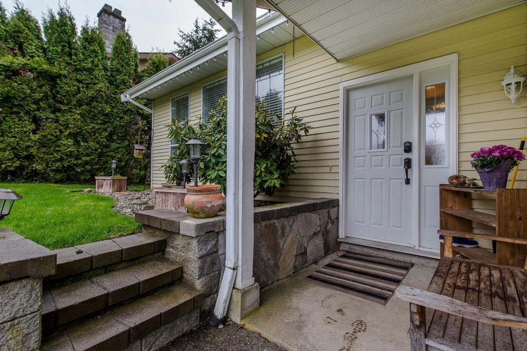 Photo 3: 2981 264A Street in Langley: Aldergrove Langley House for sale : MLS(r) # R2156040