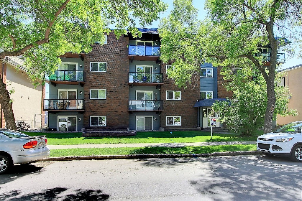 Photo 21: 401 10547 83 Avenue in Edmonton: Zone 15 Condo for sale : MLS(r) # E4067090