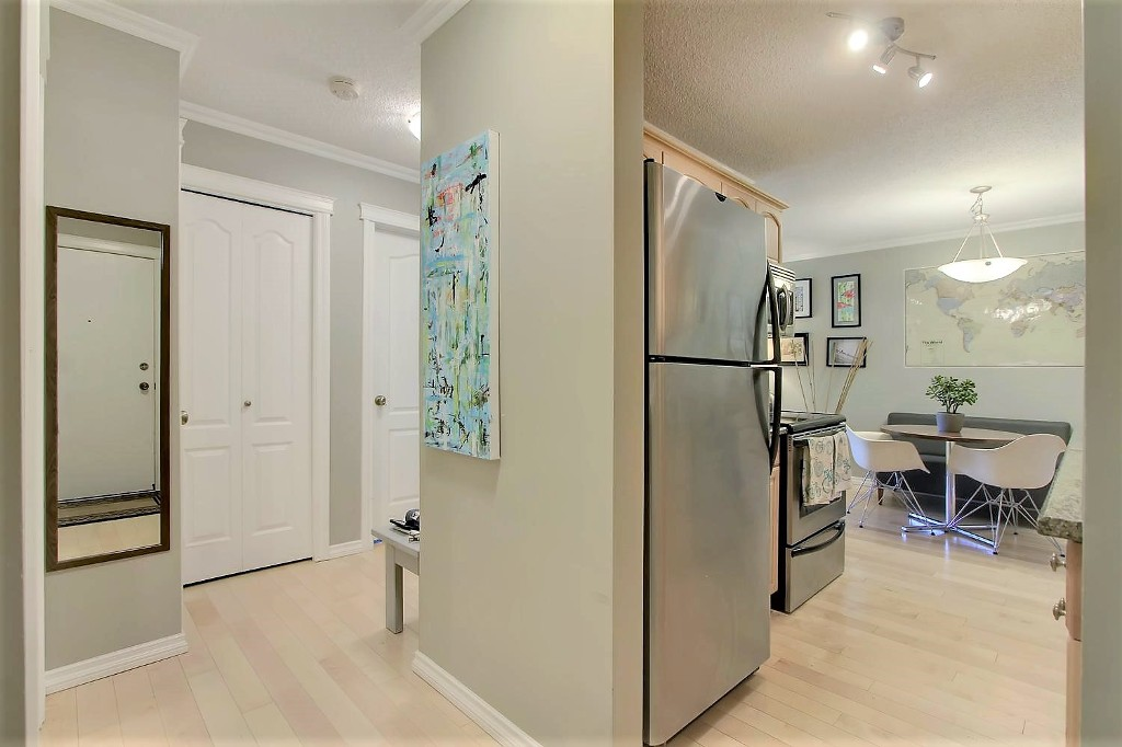 Photo 22: 401 10547 83 Avenue in Edmonton: Zone 15 Condo for sale : MLS(r) # E4067090