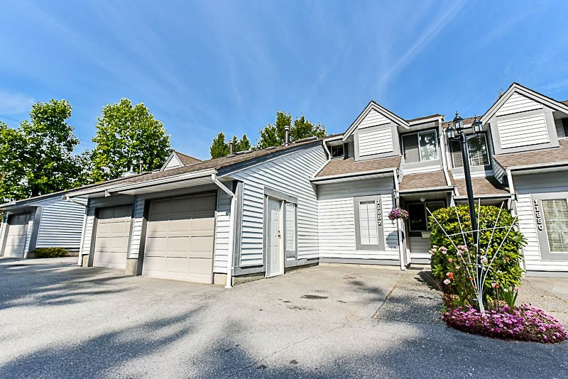 "Main Photo: 11952 90TH Avenue in Delta: Annieville Townhouse for sale in ""SUNRIDGE ESTATES"" (N. Delta)  : MLS® # R2189697"