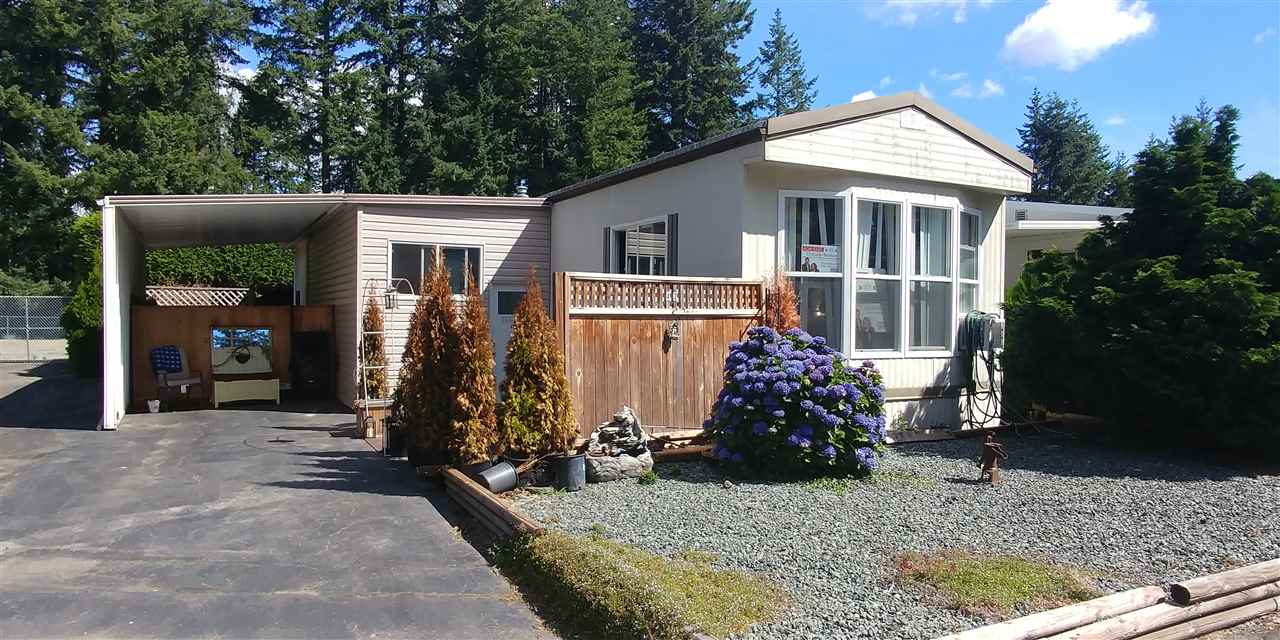 Main Photo: 42 2305 200TH STREET in Langley: Brookswood Langley Manufactured Home for sale : MLS® # R2192574