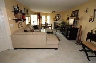 "Main Photo: 121 12633 72 Avenue in Surrey: West Newton Condo for sale in ""College Park"" : MLS® # R2194921"