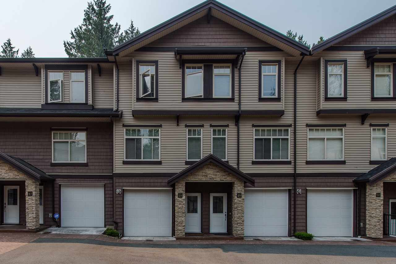 "Main Photo: 28 2950 LEFEUVRE Road in Abbotsford: Aberdeen Townhouse for sale in ""CEDAR LANDING"" : MLS® # R2195780"