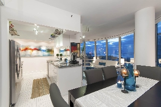 "Main Photo: 2403 1500 HORNBY Street in Vancouver: Yaletown Condo for sale in ""888 Beach"" (Vancouver West)  : MLS® # R2205151"