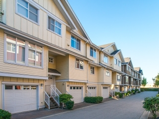 "Main Photo: 42 935 EWEN Avenue in New Westminster: Queensborough Townhouse for sale in ""COOPERS LANDING"" : MLS® # R2206913"
