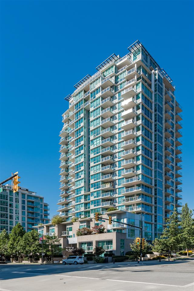 "Main Photo: 604 188 E ESPLANADE in North Vancouver: Lower Lonsdale Condo for sale in ""Esplanade At The Pier"" : MLS® # R2208623"