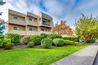 "Main Photo: 105 1050 HOWIE Avenue in Coquitlam: Central Coquitlam Condo for sale in ""Monterey Gardens"" : MLS® # R2214622"