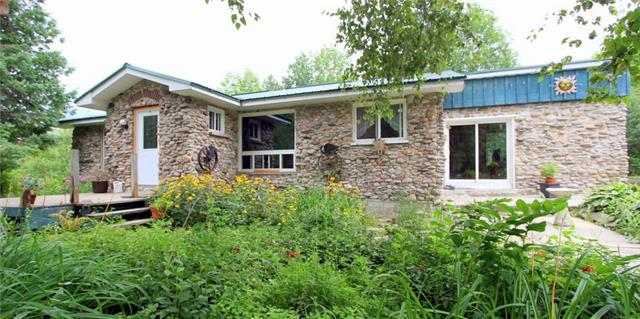 Main Photo: 36 Raven Lake Road in Kawartha Lakes: Rural Bexley House (Bungalow) for sale : MLS®# X4215934