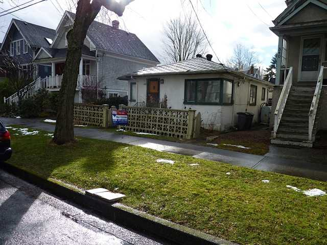 Photo 2: 344 E 34TH Avenue in Vancouver: Main House for sale (Vancouver East)  : MLS(r) # V873546