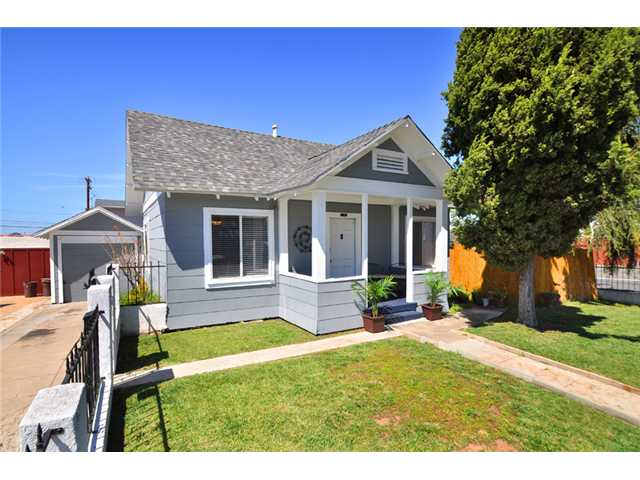 Main Photo: UNIVERSITY HEIGHTS Home for sale or rent : 2 bedrooms : 4390 Hamilton in San Diego