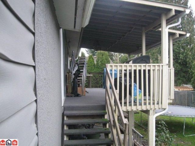 Photo 2: 2061 TOPAZ Street in Abbotsford: Abbotsford West House for sale : MLS(r) # F1200729
