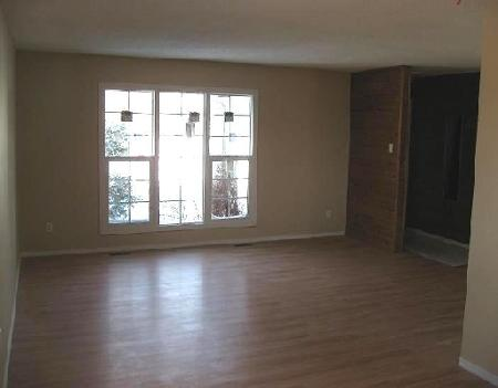 Photo 2: Photos: 66 STACEY BAY in WINNIPEG: Residential for sale (Valley Gardens)  : MLS®# 2904582