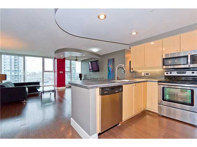 Main Photo: 2005 1009 EXPO Boulevard in Vancouver: Yaletown Condo for sale (Vancouver West)  : MLS®# V957571